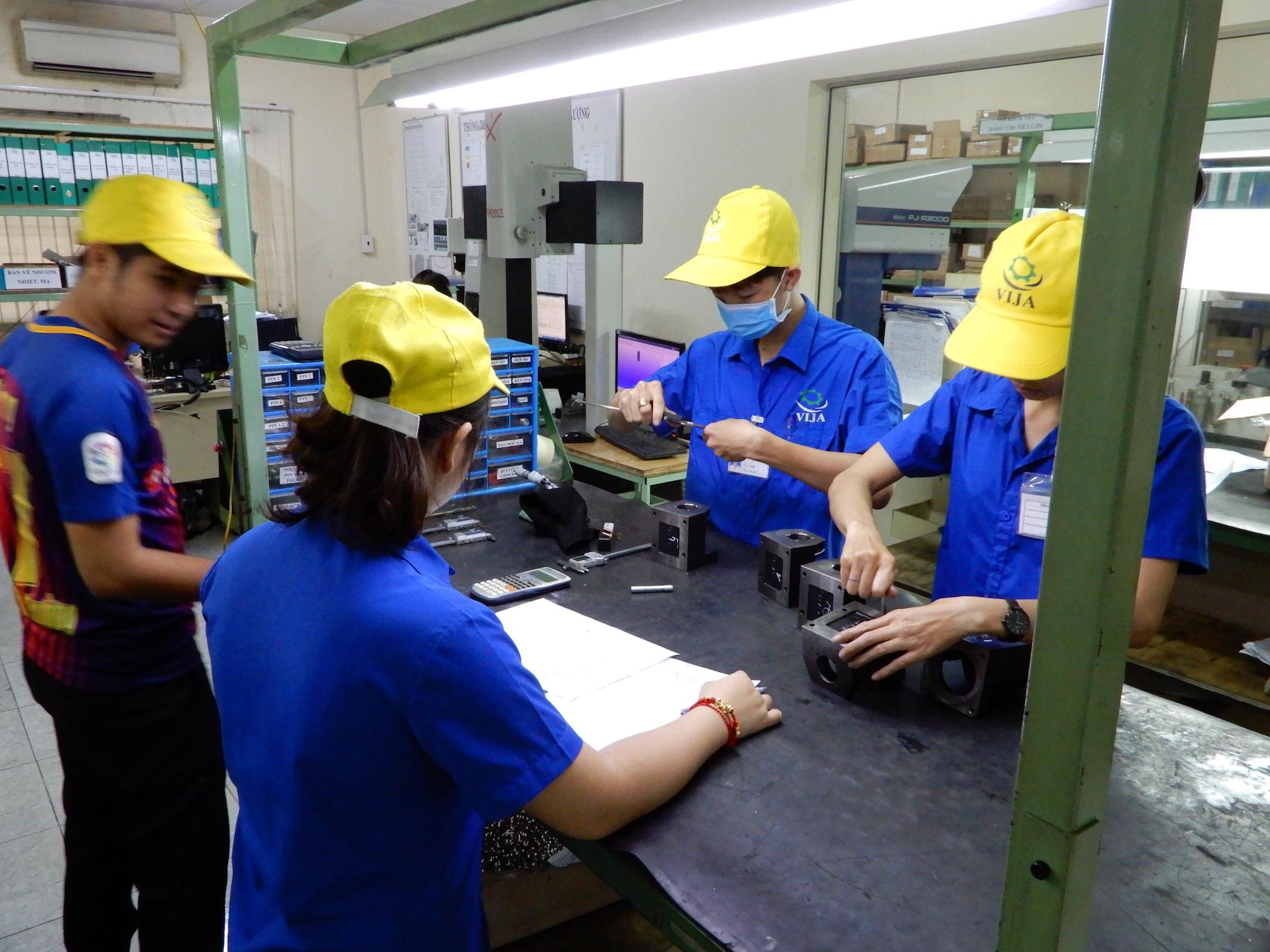 生産拠点シフト01